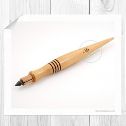 Cherry lead pencil Aida