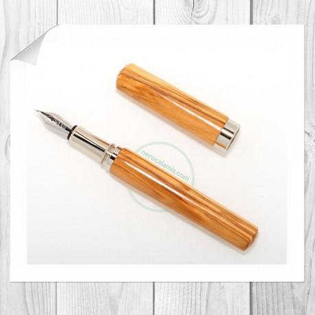 Olive fountain pen model Prado